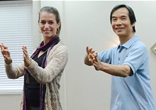 dr-paul-lam-at-the-knoxville-tai-chi-for-energy-workshop-with-anne-2013.jpg